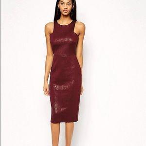 Textured snakeskin body-con midi burgundy dress